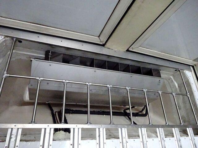 UD H22 クオン 4軸低床 冷凍ウィング 画像12