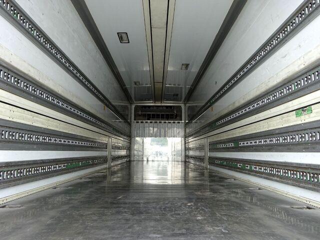 UD H22 クオン 4軸低床 冷凍ウィング 画像9