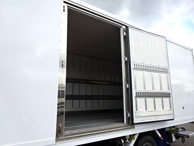 日野 H29 レンジャー ワイド 低温冷凍車 格納PG 画像6