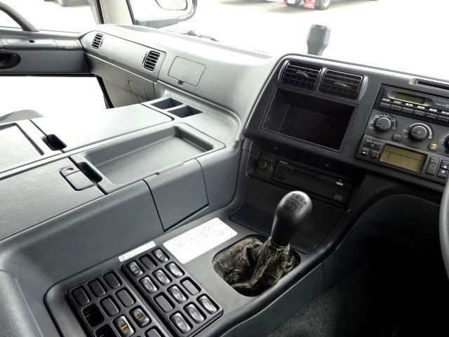 三菱 H23 スーパーグレート 3軸 低温冷凍車 画像19