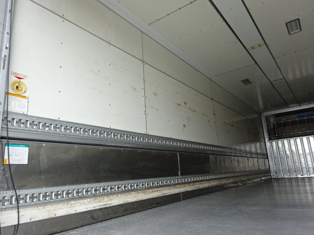 UD H24 クオン 4軸低床 低温冷凍ウィング 画像10