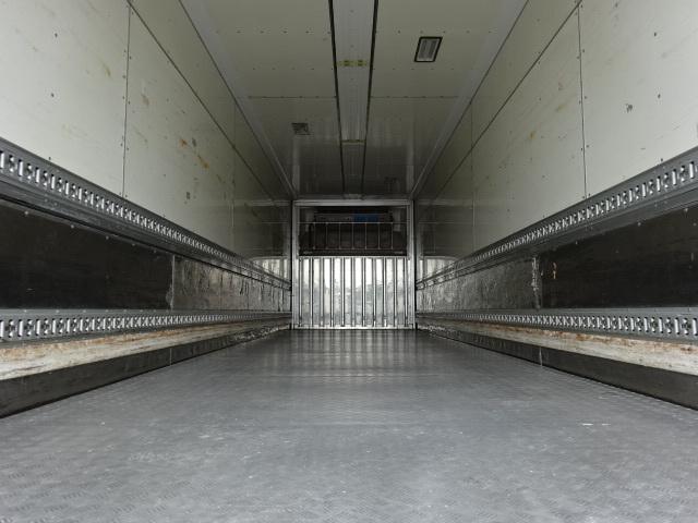 UD H24 クオン 4軸低床 低温冷凍ウィング 画像9