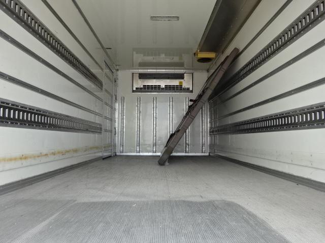 いすゞ H25 エルフ ワイドロング 低温冷凍車 格納PG 画像10
