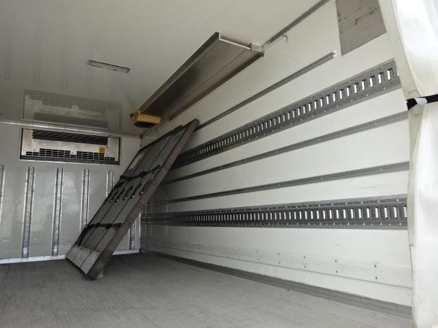 いすゞ H25 エルフ ワイドロング 低温冷凍車 格納PG 画像12