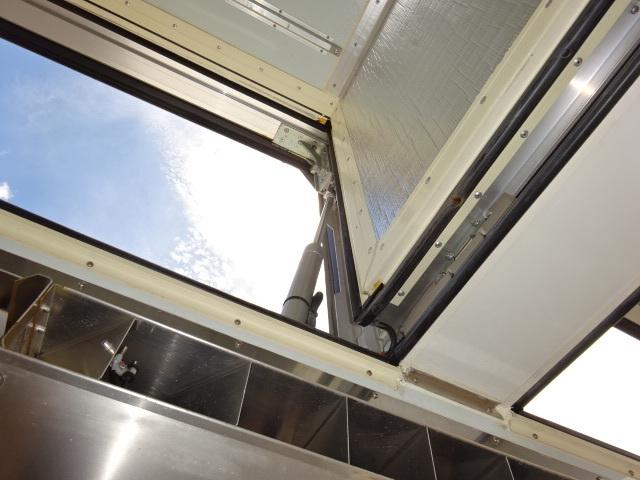 UD H27 クオン 4軸 冷凍ウィング  車検付き 画像14
