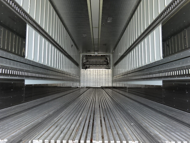 UD H27 クオン 4軸 冷凍ウィング  車検付き 画像9