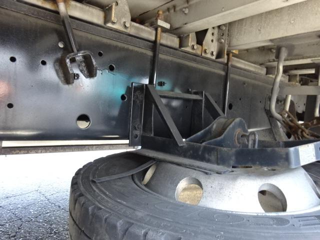 いすゞ H25 ギガ ハイルーフ 4軸低床アルミウィング 画像3
