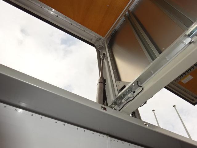 いすゞ H25 ギガ ハイルーフ 4軸低床アルミウィング 画像15