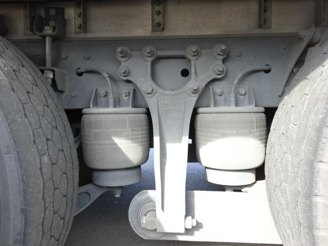 UD H27 クオン 4軸低床 冷凍ウィング 格納PG 画像20