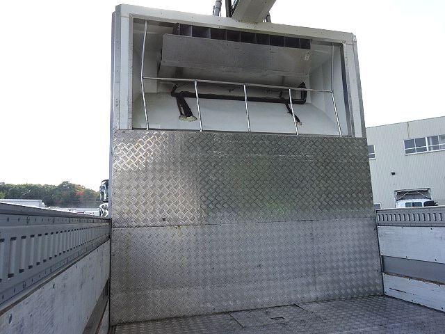 UD H27 クオン 4軸低床 冷凍ウィング 格納PG 画像15