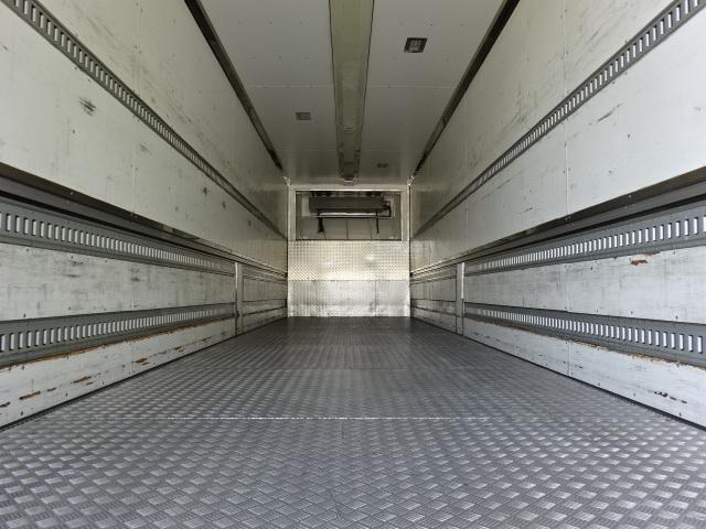 UD H27 クオン 4軸低床 冷凍ウィング 格納PG 画像8