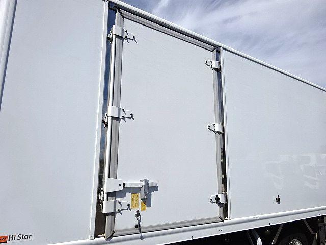 日野 H25 レンジャー 低温冷凍車 格納PG 画像5