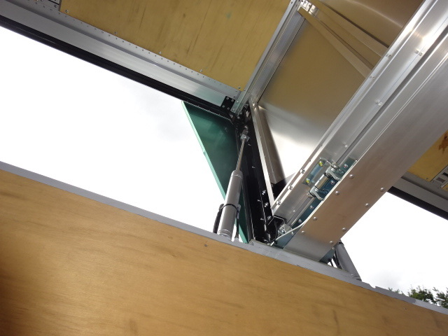 いすゞ H28 ギガ 4軸低床アルミウィング 画像13