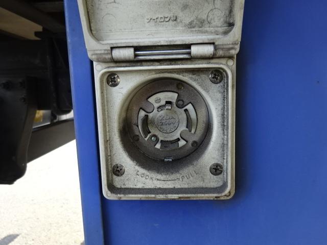 いすゞ H21 エルフ 低温冷凍車 画像17