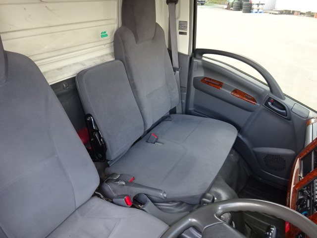 いすゞ H21 エルフ 低温冷凍車 画像25
