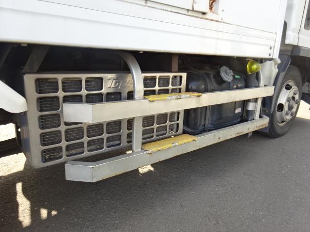 いすゞ H21 エルフ 低温冷凍車 画像16