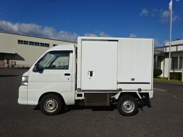 ダイハツ H22 ハイゼット 冷蔵冷凍車 4WD 車検付 画像5