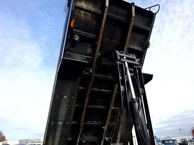 日野 H26 プロフィア ダンプ 車検付 画像11