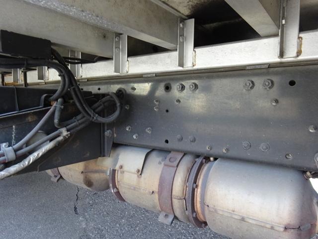 三菱 H25 スーパーグレート 4軸低床 冷凍ウィング 画像18