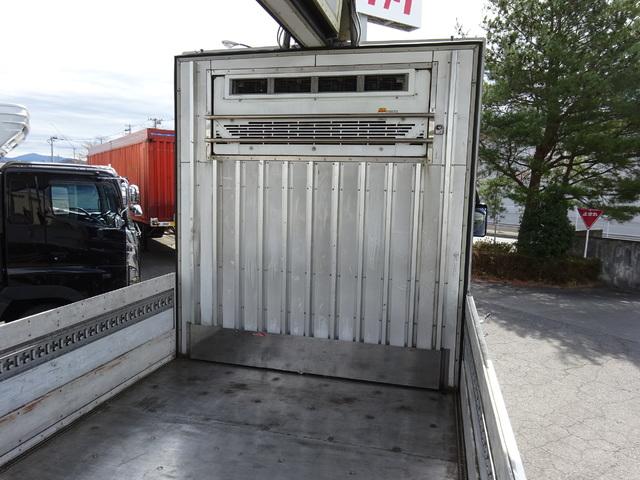 三菱 H26 スーパーグレート 4軸低床 冷凍ウィング 画像17