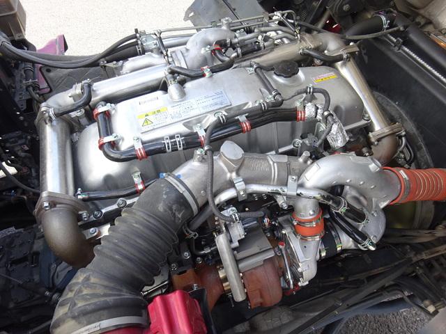 いすゞ H23 ギガ ハイルーフ 4軸低床アルミウィング 画像17