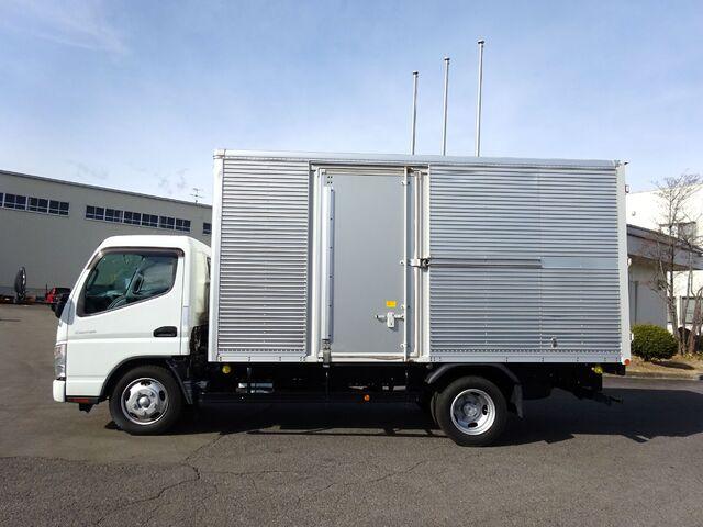 三菱 H20 キャンター アルミバン 積載3.0t 画像4
