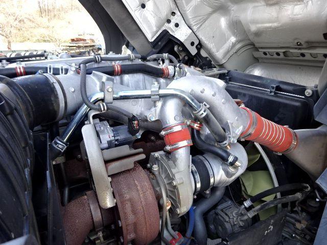 いすゞ H27 ギガ 4軸低床冷凍ウィング 画像23