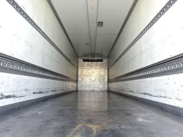 いすゞ H27 ギガ 4軸低床冷凍ウィング 画像9