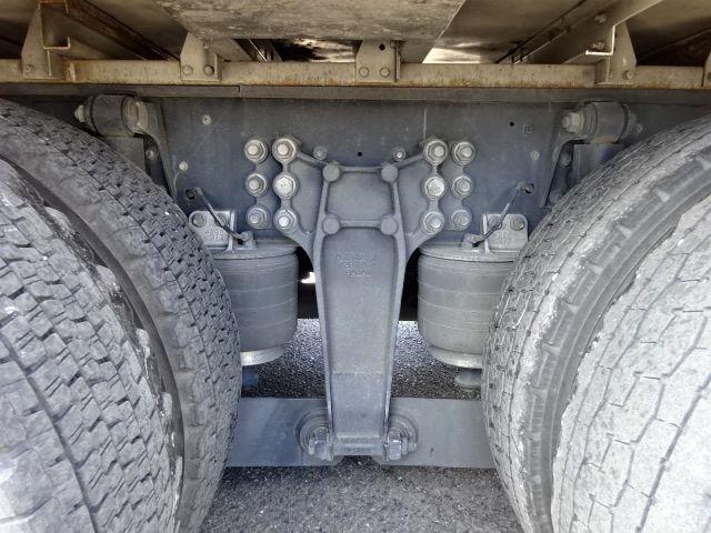 いすゞ H27 ギガ 4軸低床冷凍ウィング 画像18