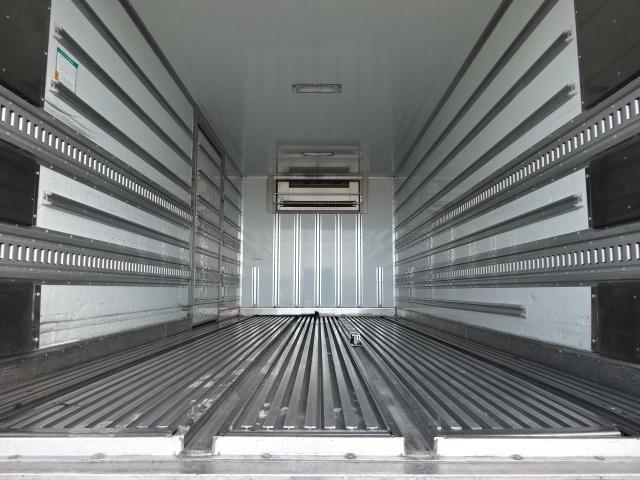三菱 H20 ファイター ワイド 低温冷凍車 画像11