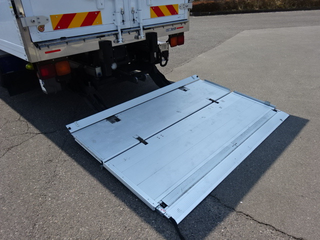 いすゞ H28 フォワード ワイド エアサス 低温冷凍車 格納PG 画像16