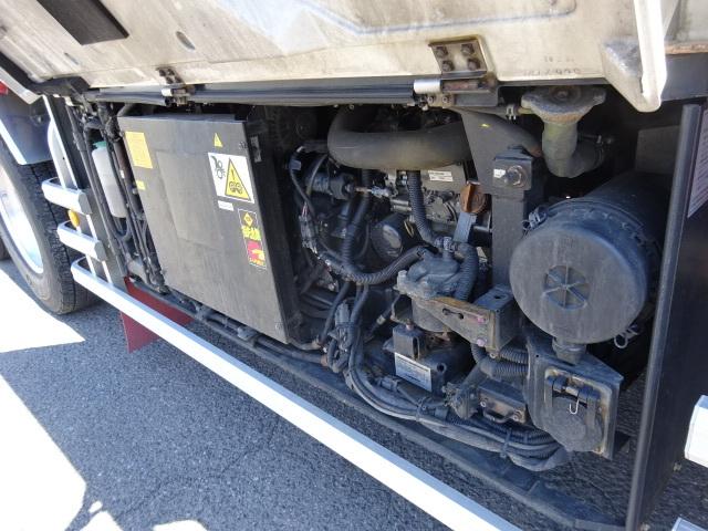 いすゞ H28 ギガ 3軸 低温冷凍車 車検付 キーストン 画像18