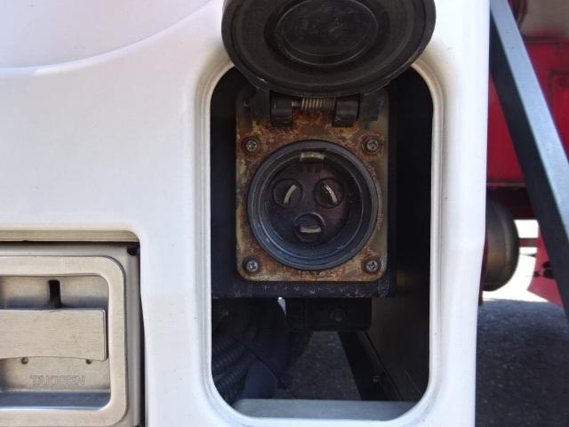 いすゞ H28 ギガ 3軸 低温冷凍車 車検付 キーストン 画像17