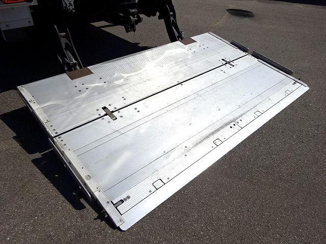 三菱 H26 ファイター 低温冷凍車 格納PG 画像9