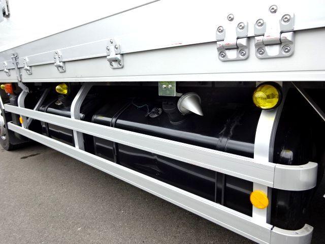 三菱 H28 スーパーグレート 4軸低床冷凍ウィング 画像12