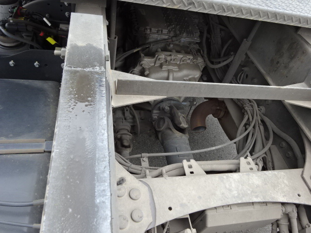 UD H30 クオン ロングダンプ 27.6立米 画像23