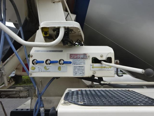 いすゞ H25 ギガ ミキサー車 8.7㎥ 画像17
