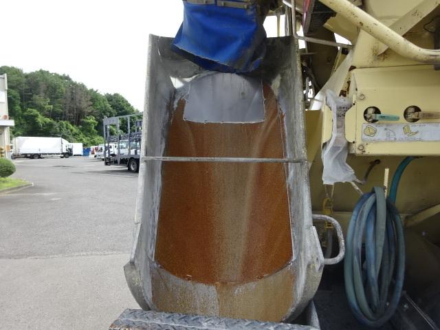 三菱 H16 スーパーグレート コンクリートミキサー 8.9㎥ 画像6