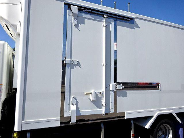 三菱 H26 キャンター ロング 低温冷凍車  画像5