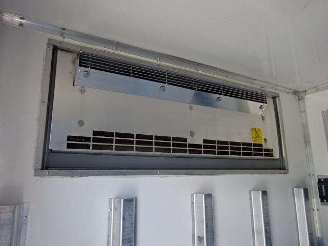 三菱 H26 キャンター ロング 低温冷凍車  画像13