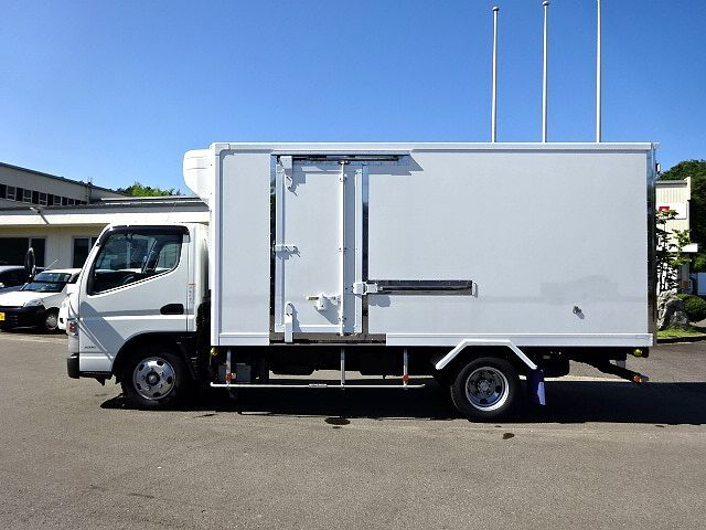 三菱 H26 キャンター ロング 低温冷凍車  画像4