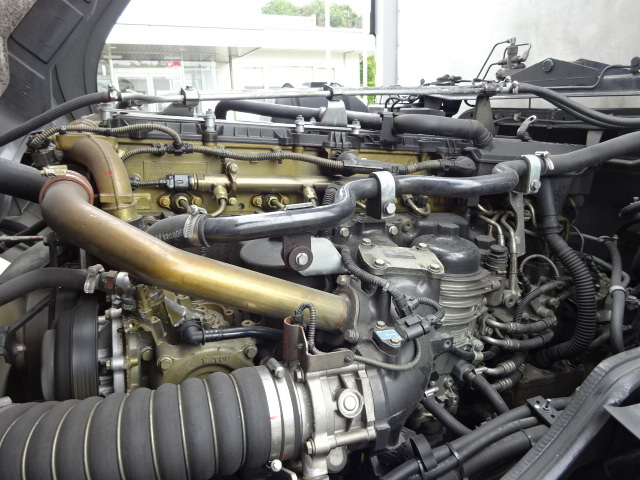 三菱 H27 スーパーグレート 4軸低床冷凍ウィング 格納PG 画像17