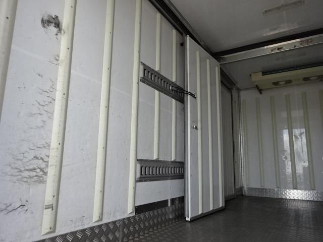 日野 H25 デュトロ ワイドロング 低温冷凍車 画像11