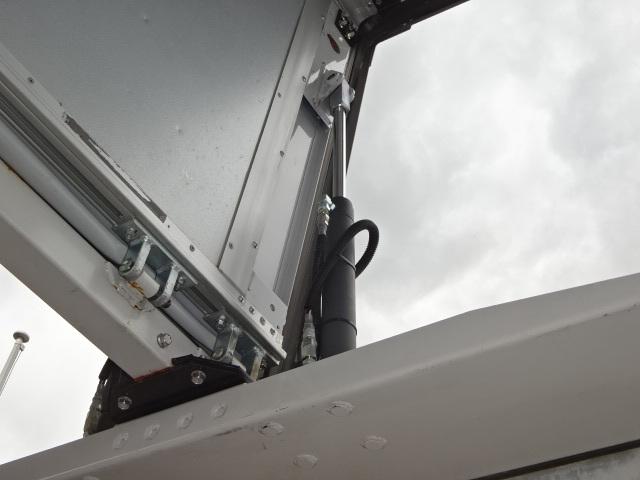 三菱 H28 スーパーグレート 中温冷凍ウィング 車検付 画像12