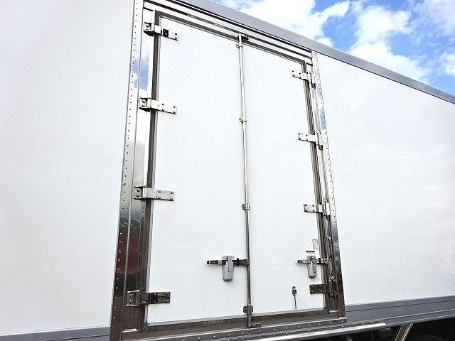 UD H29 クオン 3軸 低温冷凍車 キーストン ジョルダー 画像5