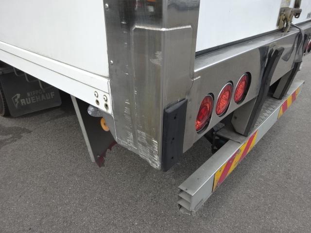 いすゞ H27 フォワード ワイド 低温冷凍車 リアシャッター扉 画像26