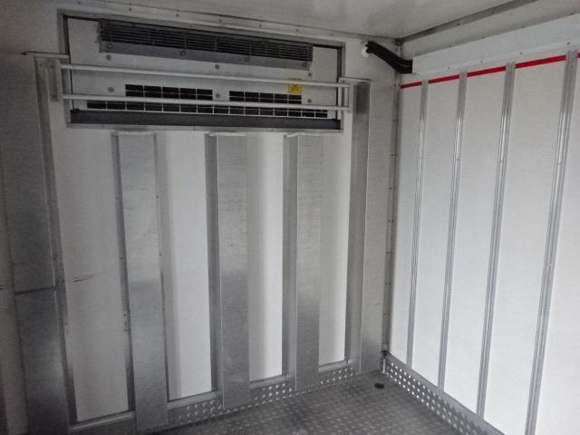 いすゞ H26 フォワード 保冷バン  2室2エバ スムーサー 画像9