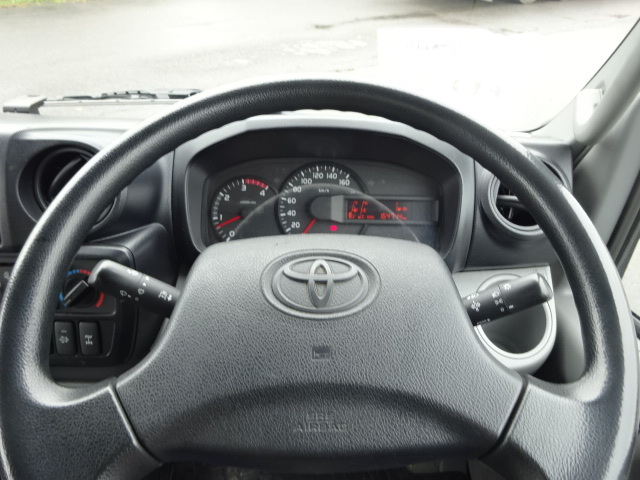 トヨタ H26 ダイナ パネルバン 4WD 画像16