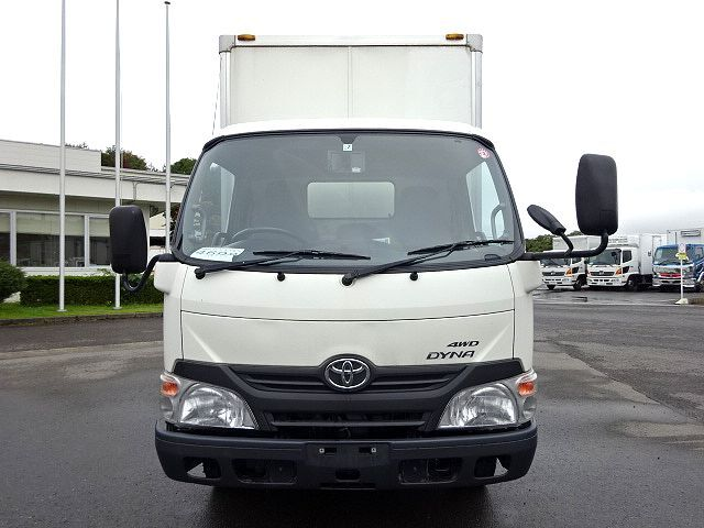 トヨタ H26 ダイナ パネルバン 4WD 画像2