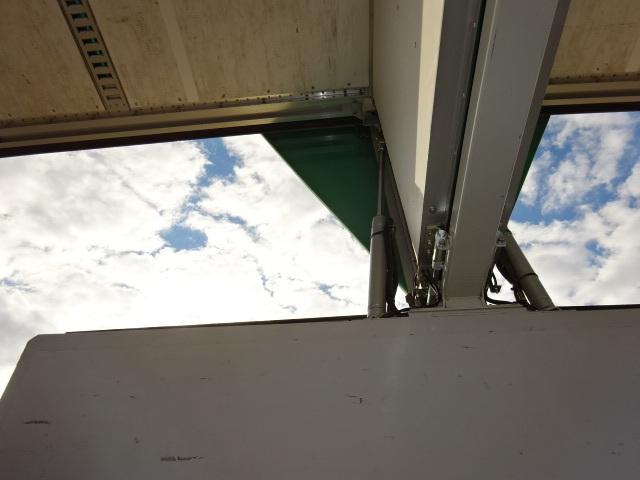 いすゞ H27 ギガ 4軸低床 アルミウィング センターローラー 画像14